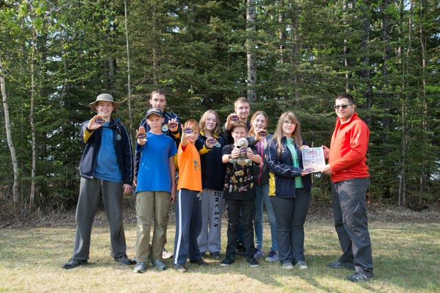 Team 41 shows their gold at the 2015 SurvivAir competition